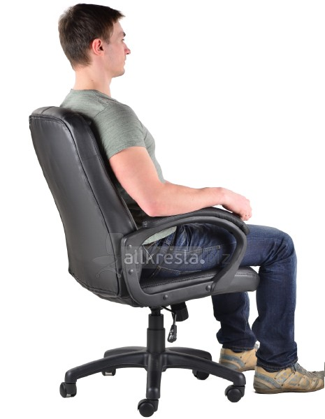 спинка кресла до плеч